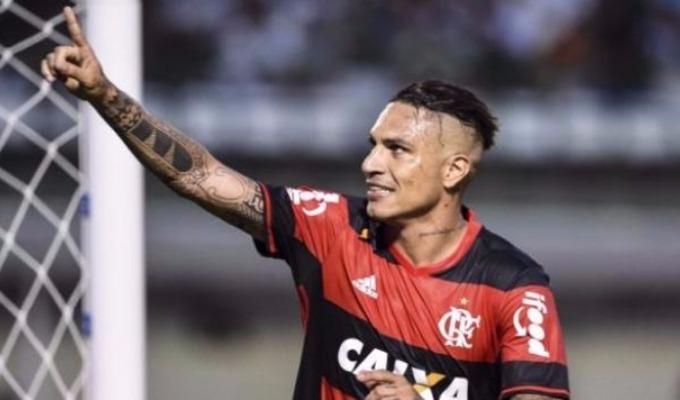 Guerrero interesa en la Premier League, según prensa de Brasil