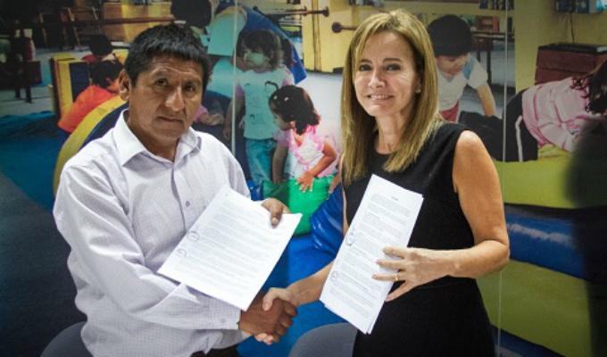 Profesores firman acuerdo con Minedu y regresarán a las aulas