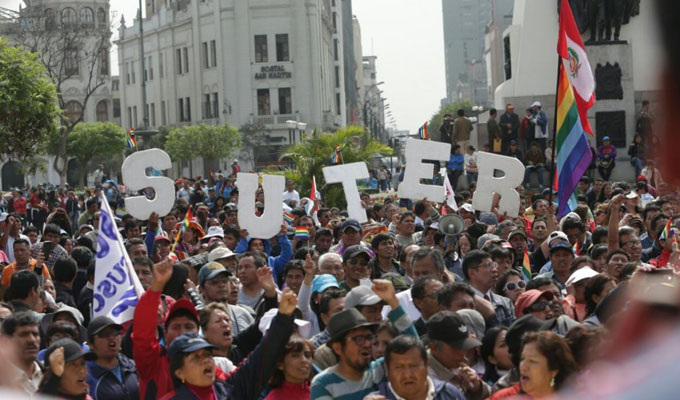 Anuncian que huelga de maestros fue suspendida temporalmente
