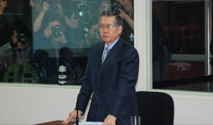 Alberto Fujimori abandona la UCI y se recupera de taquicardia