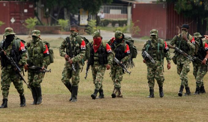 Presidente de Colombia y ELN acuerdan cese al fuego