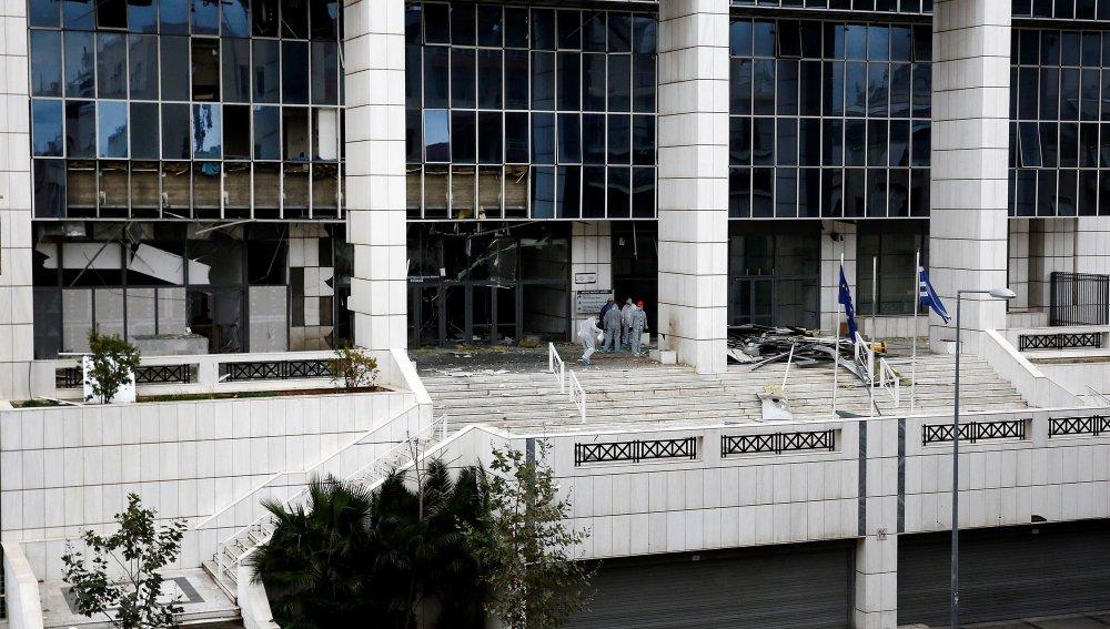 Explosión frente al Palacio de los Tribunales desata pánico en Grecia