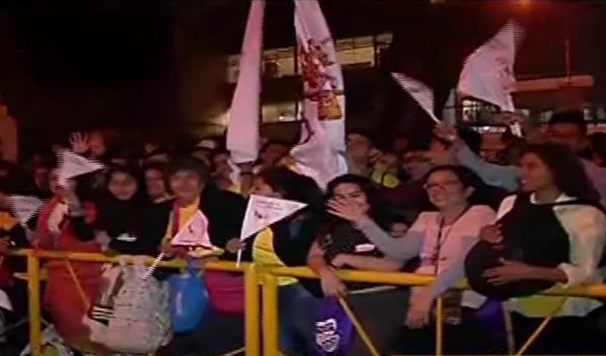 Papa Francisco: fieles realizan vigilia en la Nunciatura
