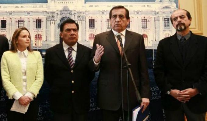 Reacciones tras denuncia de proyecto de Ley del Gobierno para intervenir en el MP
