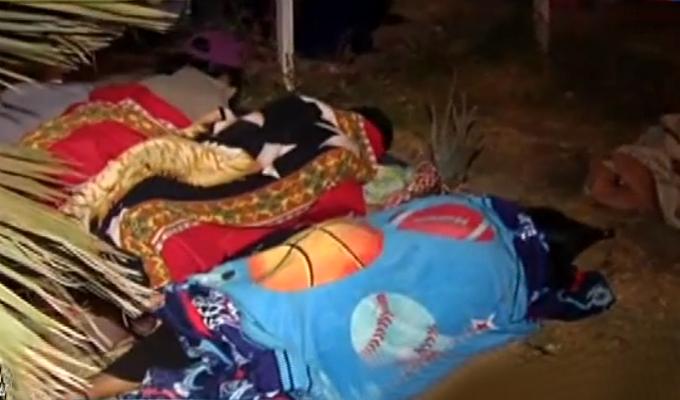 Exclusivo: adultos mayores duermen en la calle para conseguir cita en hospital de SJL