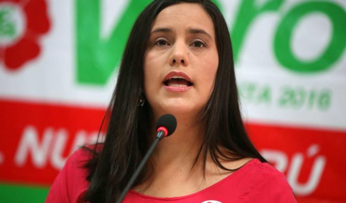 Verónica Mendoza pide a Vizcarra que convoque a nuevas elecciones generales