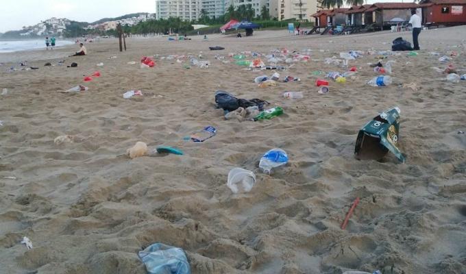 Semana Santa: bañistas dejaron las playas del sur sucias