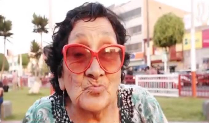 Conoce la historia de Rosita, la abuelita de los cómicos ambulantes