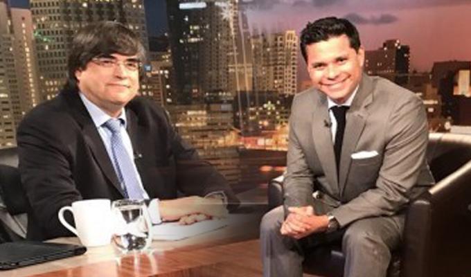 """Jaime Bayly """"pierde los papeles"""" con periodista colombiano al hablar de las FARC"""