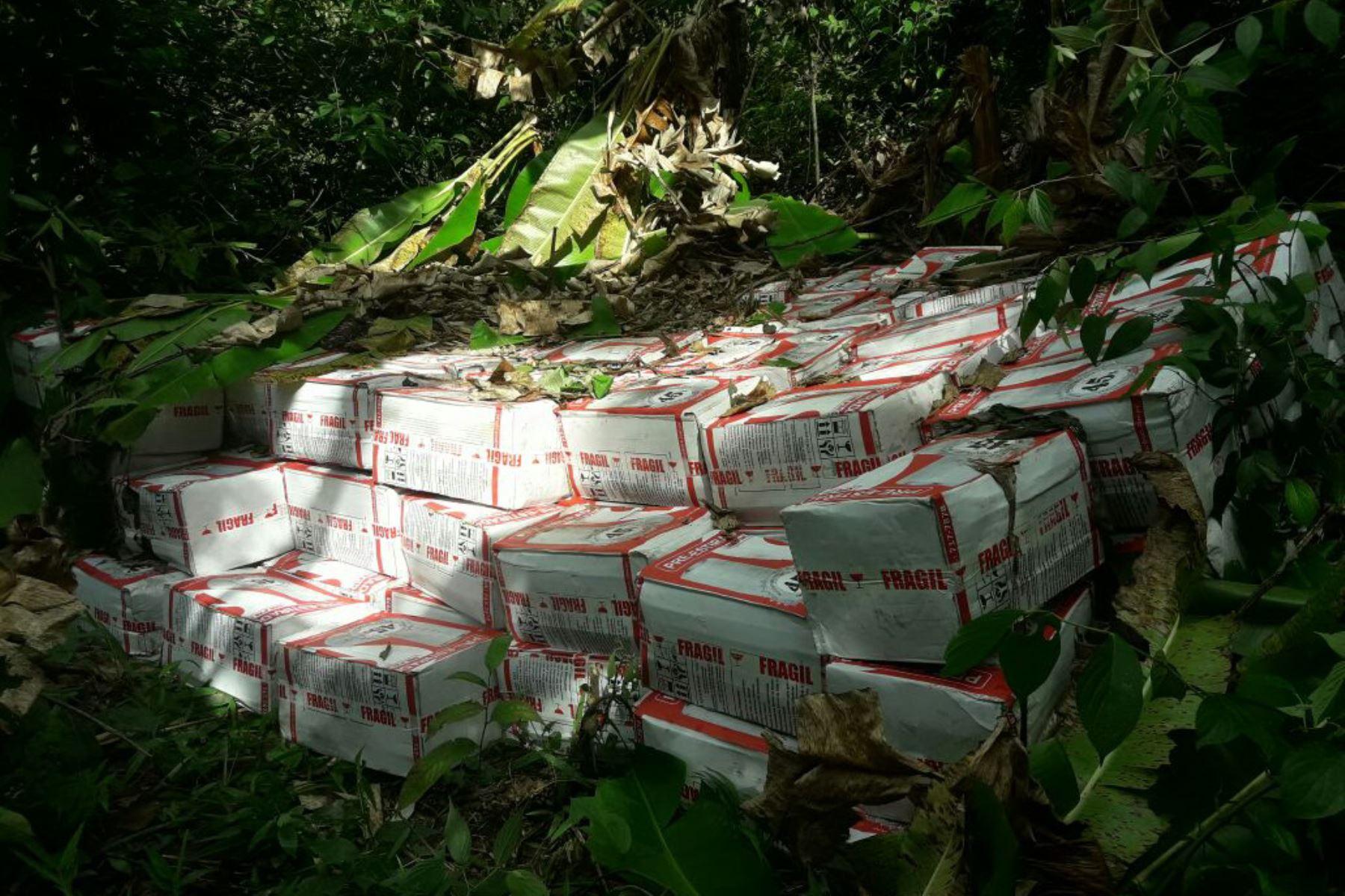 Vraem: decomisan cinco toneladas de insumos químicos para elaborar cocaína