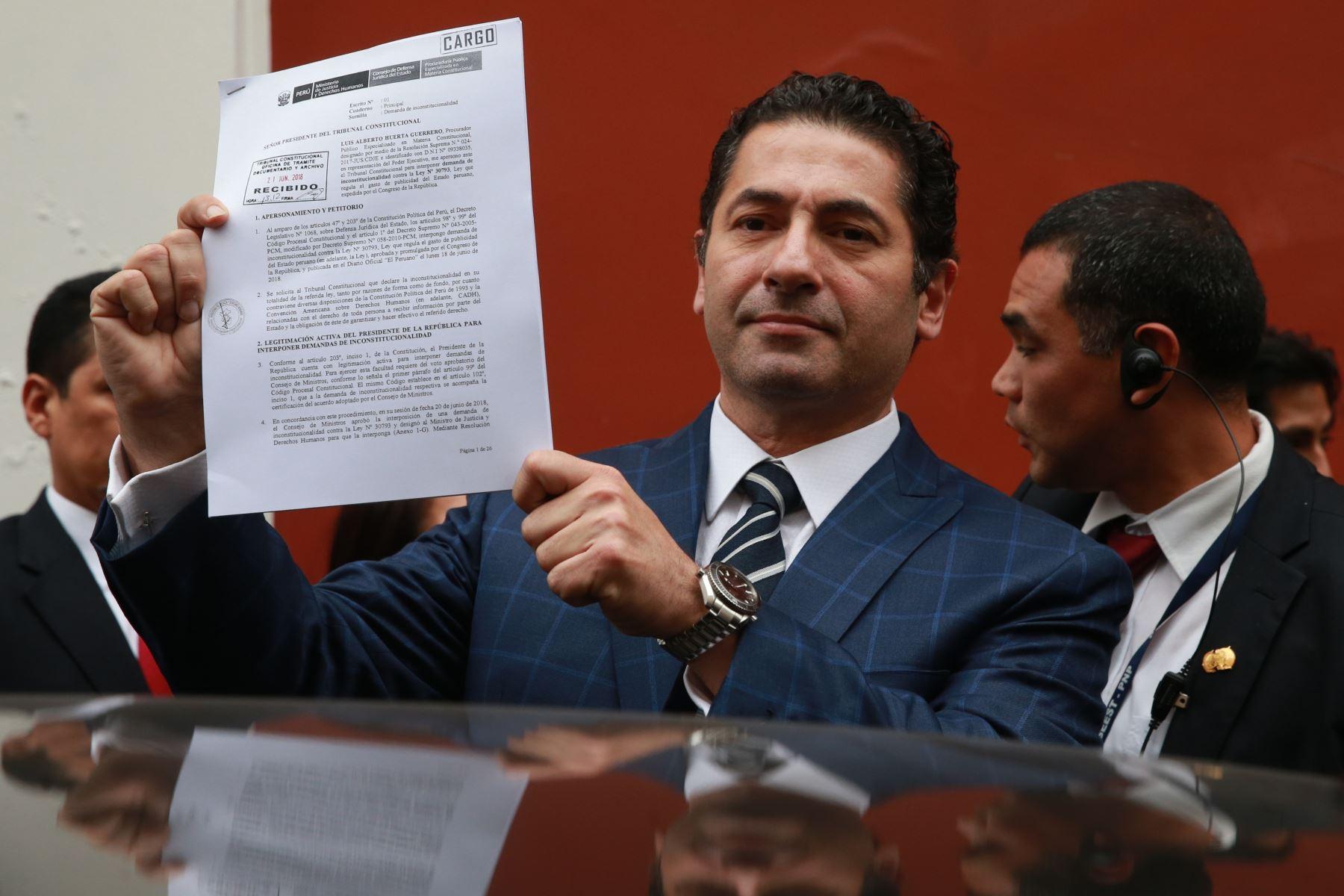 Gobierno presentó demanda ante TC contra ley de publicidad estatal