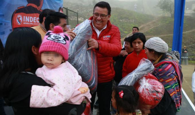 Ministros llevan ayuda humanitaria a zonas afectadas por heladas