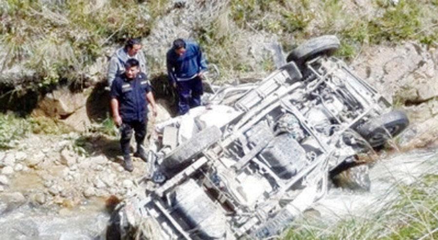 Un muerto y cinco heridos deja accidente vehicular en Pasco
