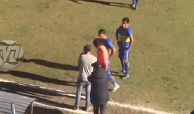 Árbitro utilizó imagenes de 'VAR' improvisado para validar gol