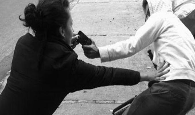 Bellavista: malhechores asaltaron violentamente a tres jóvenes