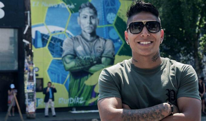Raúl Ruidíaz fue homenajeado con enorme mural por el Seattle Sounders