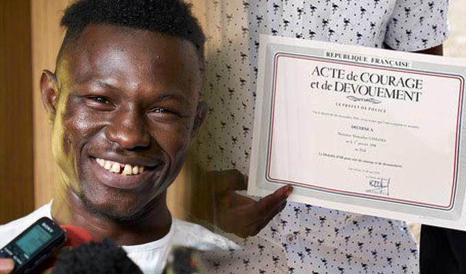 Francia: joven malí obtiene nacionalidad tras rescate de bebé en edificio