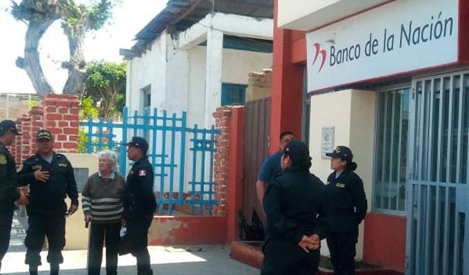 Trujillo: hampones se llevan más de 10 mil soles de agencia bancaria en Moche