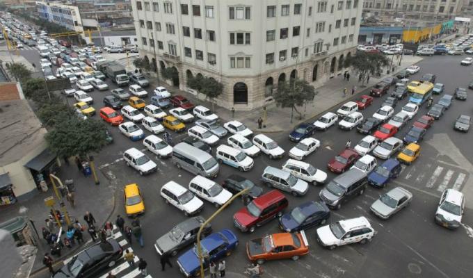 Conductores preocupados por ausencia de policías de tránsito en calles y avenidas