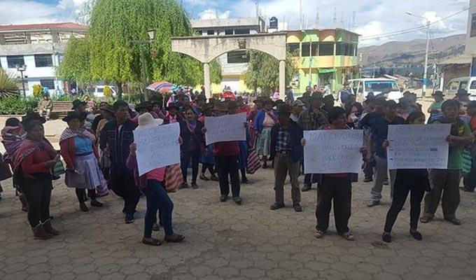Apurímac: pobladores exigen a alcalde culminar obras paralizadas