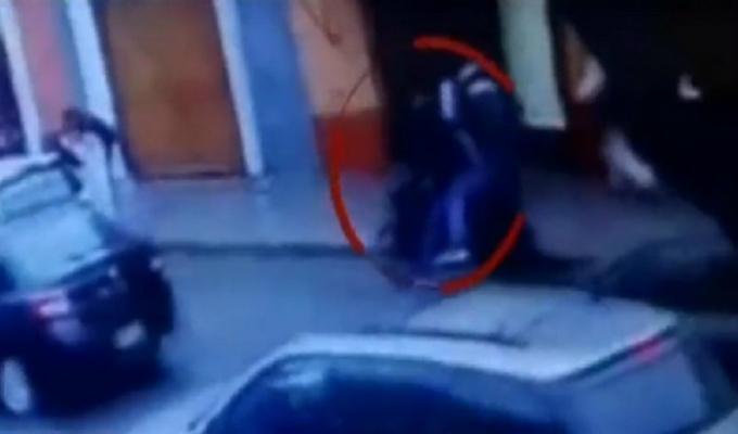Barranco: 'marcas' balean a cambista durante asalto