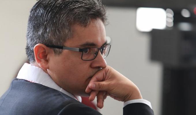 Fiscal Domingo Pérez responde a denuncias por plagio en su tesis