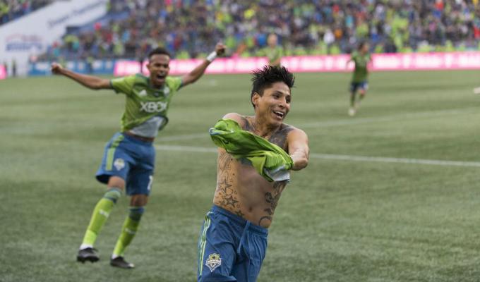 Ruidíaz logró clasificación de Seattle Sounders a semifinales tras doblete