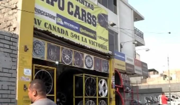 La Victoria: comerciantes peruanos denunciaron a colombianos de amenazarlos