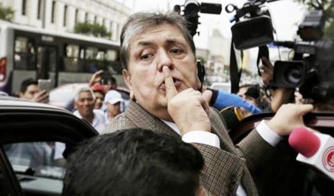 Excanciller Eduardo Ferrero saludó decisión del gobierno uruguayo