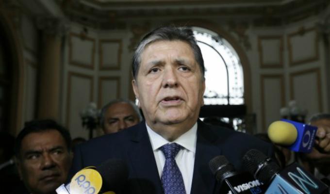 Uruguay no acepta pedido de asilo a Alan García