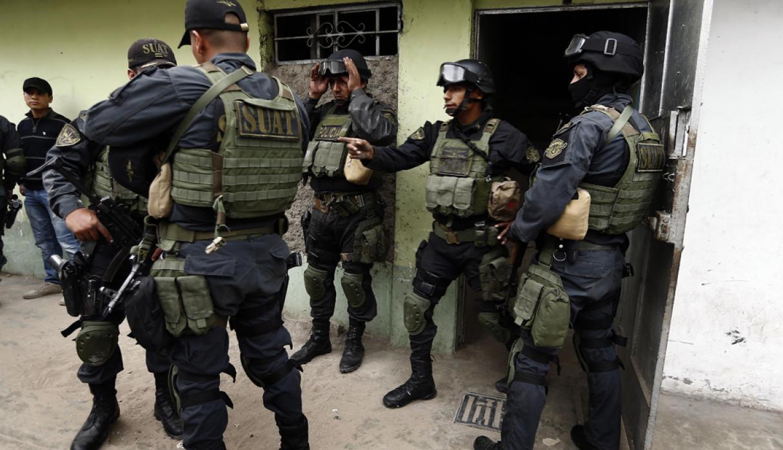 Fiscalía solicitó prisión preventiva de 58 policías por ejecución de falsos operativos