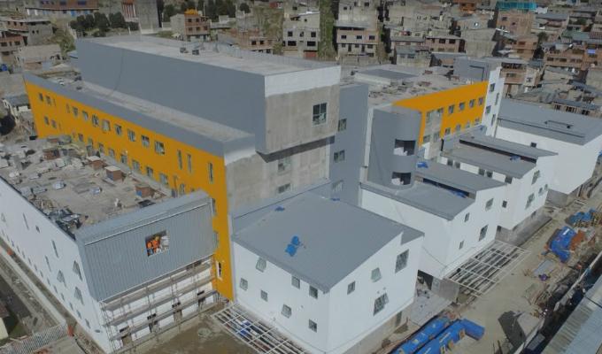 Pasco: inauguran hospital regional que aún no puede funcionar