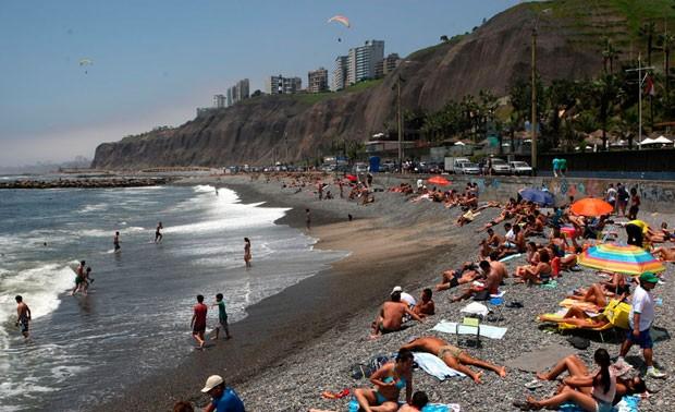Verano 2019: Descubre seis propiedades terapéuticas de la playa