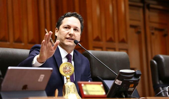 Congreso: Daniel Salaverry solicita auditoría a gestiones de Luis Galarreta y Luz Salgado