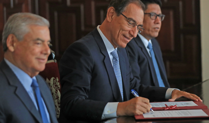 Presidente Vizcarra promulga reformas aprobadas en el referéndum