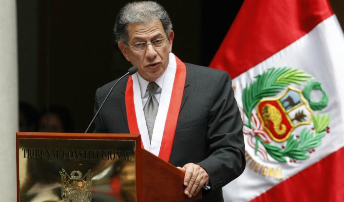 Revisan denuncia contra Óscar Urviola, expresidente del TC