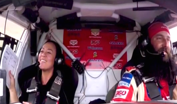 Dakar 2019: Fernanda Kanno se divierte cantando mientras compite en el rally