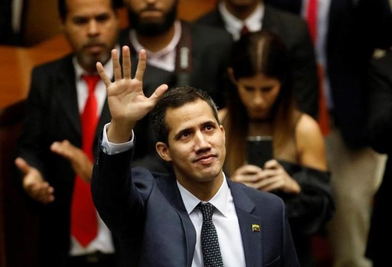 """Guaidó: """"Hay amenazas y pareciera que quieren ejecutarme"""""""