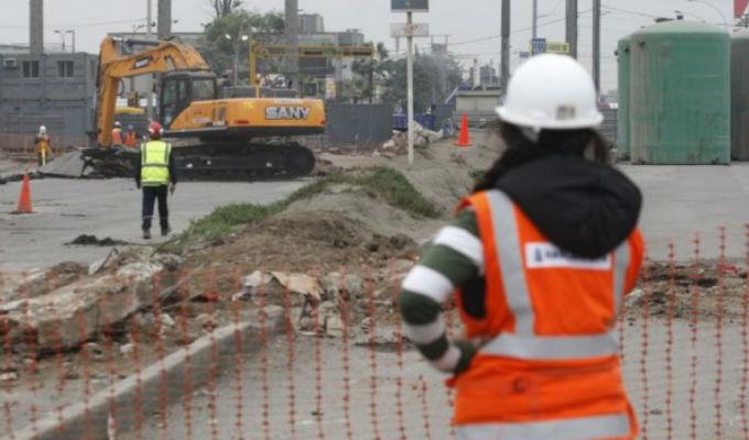 Caos en la Carretera Central por cierre de vía para construcción de la Línea 2 del Metro de Lima