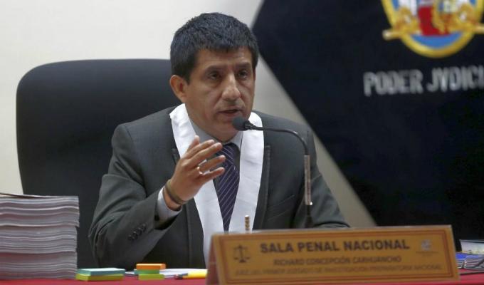 Juez Carhuancho rechazó pedido de comparecencia simple para Carlos Sulca, mano derecha de Gerald Oropeza