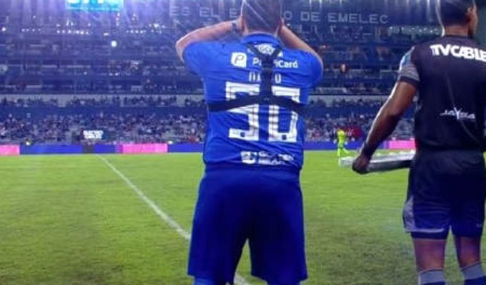Cristal canceló amistoso con Emelec tras escándalo de hincha ecuatoriano