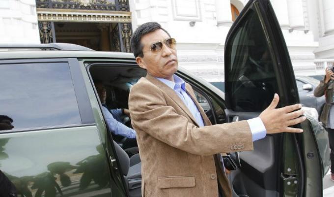 Mamani acudió al Congreso para responder por la denuncia de supuestos tocamientos indebidos