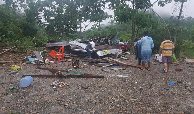 Desborde del río Inambari arrasa más de 30 viviendas en Madre de Dios