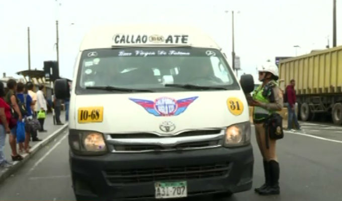 Transporte informal toma la Vía de Evitamiento ante ausencia de policías