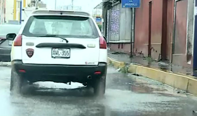 Aniegos afectaron a vecinos de Barranco, Chorrillos y San Juan de Miraflores
