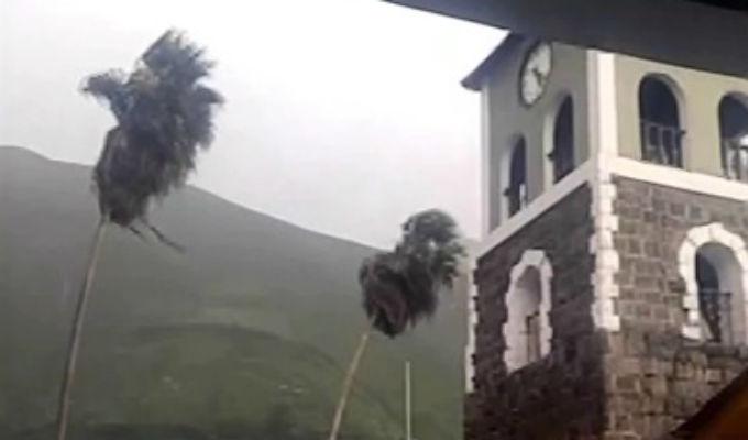 Huarochirí: Vientos huracanados afectan viviendas