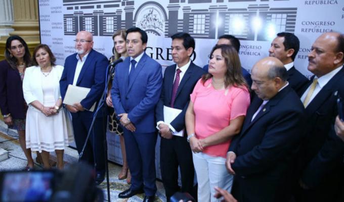 Peruanos por el Kambio señala que chats solo revelan legítima deliberación política