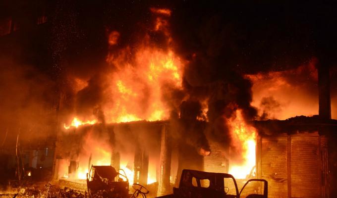 Alrededor de 70 fallecidos deja incendio en Bangladesh
