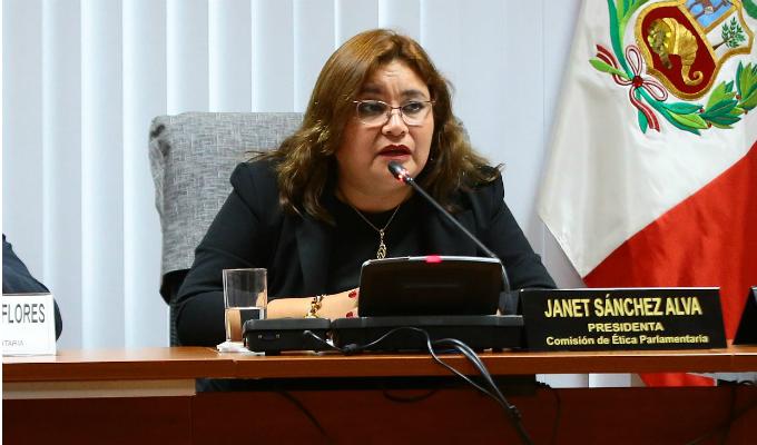 Peruanos por el Kambio: congresista Janet Sánchez renunció al partido