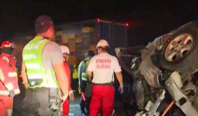 Víctimas de triple choque en la Panamericana Sur serán enterradas en Lunahuaná